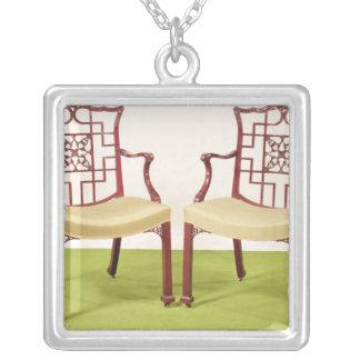 Chippendale Mahagonibaum, der Stühle speist Halskette Mit Quadratischem Anhänger