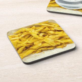 Chips gedient in den Papiergetränk-Untersetzer Untersetzer