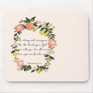 Christliche inspirational Kunst - Deuteronomy 31:6 Mousepad