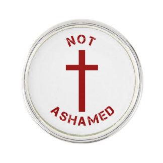 Christlicher nicht beschämter rotes Kreuz-und Anstecknadel