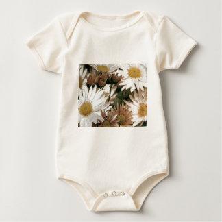 Chrysanthemen in der Blüte. Emulsions-Übertragung Baby Strampler