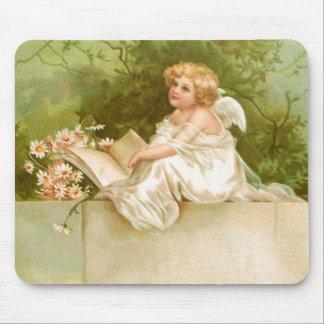 Clapsaddle: Engel mit Buch und Blumen Mauspads
