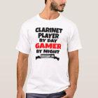 Clarinet-Spieler durch TagesGamer bis zum Nacht T-Shirt