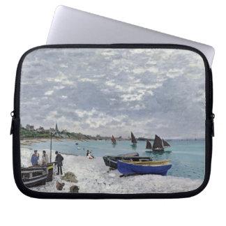 Claude Monet | der Strand bei Sainte-Adresse Laptopschutzhülle