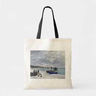 Claude Monet | der Strand bei Sainte-Adresse Tragetasche