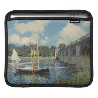 Claude Monet | die Brücke in Argenteuil Sleeve Für iPads