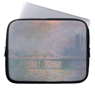 Claude Monet | die Themse mit Charing Kreuz Laptop Sleeve