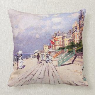 Claude Monet-Strand bei Trouville Kissen