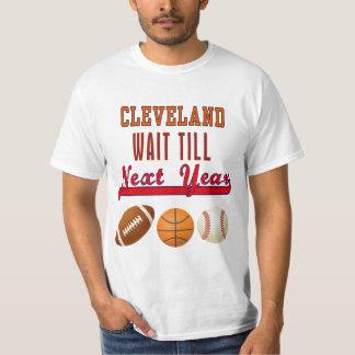 Cleveland-Wartezeit bebauen nächstes Jahr T - T-Shirt