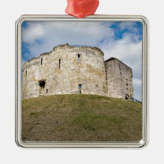 Cliffords Turm in historischem Gebäude Yorks Quadratisches Silberfarbenes Ornament