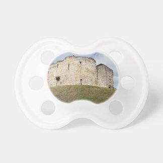 Cliffords Turm in historischem Gebäude Yorks Schnuller