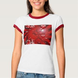 """Clio """"geben Sie Liebe-"""" T - Shirt"""