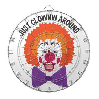 Clownin herum dartscheibe