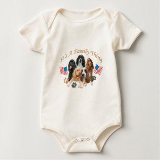 Cocker spaniel-Kleid durch Friskybizpet Entwürfe Baby Strampler