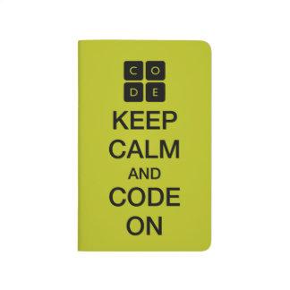 """Code.org """"behalten Ruhe und Code auf """" Taschennotizbuch"""