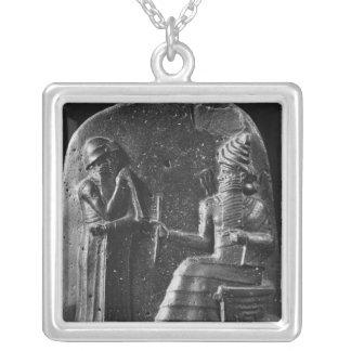 Code von Hammurabi, Spitze des Stele Versilberte Kette