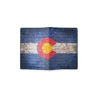 Colorado-Flaggen-Schmutz-Backsteinmauer-Passhalter Passhülle