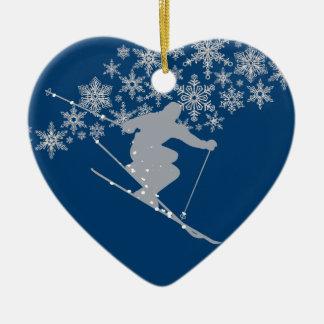Colorado-Weihnachtsschneeflocke-Skifahrer Keramik Herz-Ornament