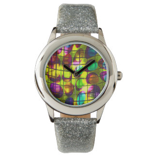 colorful dots behind grid handuhr