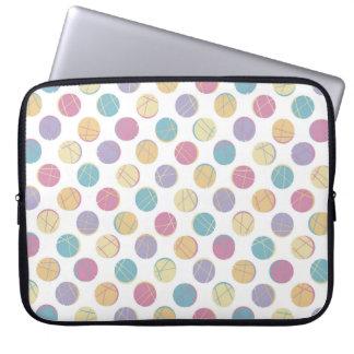 Colorful urban confetti polka dots modern schick computer schutzhüllen
