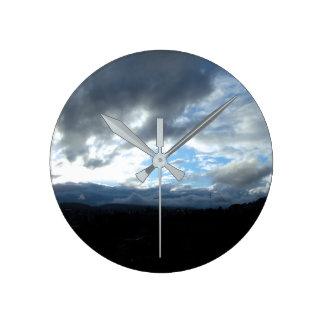 COLUMBIUM #cloudsporn Runde Wanduhr