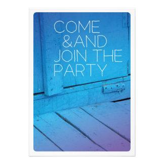 Come schließen sich der Partyfeiereinladung an Individuelle Einladungskarten