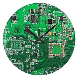 Computer-Aussenseiter-Leiterplatte - Grün Große Wanduhr