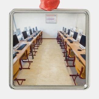Computer im Klassenzimmer der niederländischen Silbernes Ornament