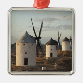 Consuegra, antike La Mancha Windmühlen 5 Quadratisches Silberfarbenes Ornament