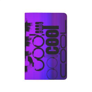 Cool; Vibrierendes violettes Blaues und magentarot Taschennotizbuch
