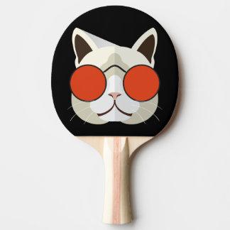 Coole Katze in den Sonnenbrillen Tischtennis Schläger