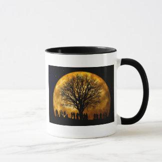 Coole volle Ernte-Mond-Baum-Silhouette-Geschenke Tasse