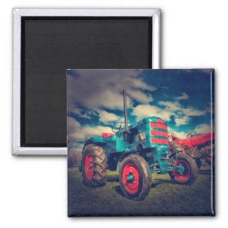 Cooler blaues Rot-Vintager Traktor Quadratischer Magnet