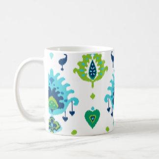 Cooler heller blauer und grüner Stammes- ikat Kaffeetasse