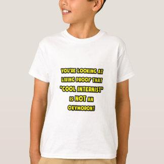 Cooler Internist ist NICHT ein Oxymoron T-Shirt