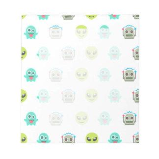 Cooles Emoji alien-Geist-Roboter-Gesichts-Muster Notizblock