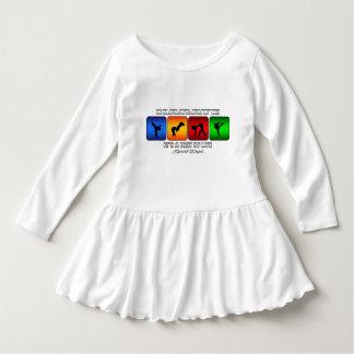 Cooles Karate ist es eine Lebensart Kleid