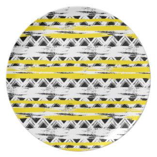Cooles Schwarz-weißes Gelb Stripes Stammes- Muster Melaminteller
