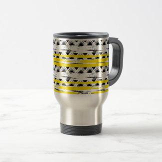 Cooles Schwarz-weißes Gelb Stripes Stammes- Muster Reisebecher