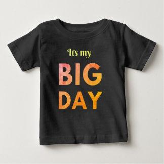 Cooles sein ein großes Tagesgeburtstagst-stück Baby T-shirt