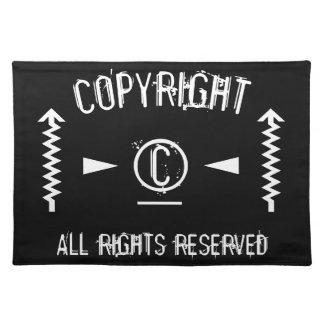 Copyright-Symbol alle Rechte vorbehalten mit Tischset