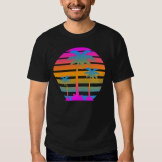 Corey Tiger-Retro Sonnenuntergang-Palmen Tshirts