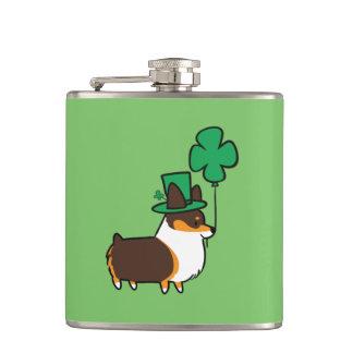 Corgi-Flasche St. Patricks Tricolor Tages Flachmann