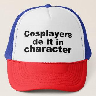Cosplayers tun es im Charakter-Hut Truckerkappe