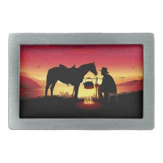 Cowboy und Pferd an der Sonnenuntergang Rect Rechteckige Gürtelschnalle