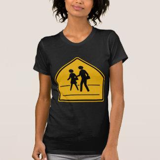 Crosswalk-Straßenschild T-Shirt