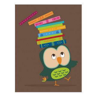 Cute little book owl postkarten