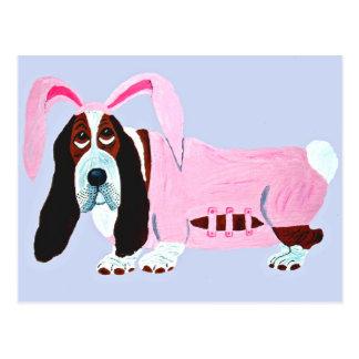 Dachshund-Jagdhund im rosa Häschen-Anzug Postkarte