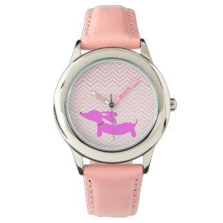 Dackel-Zeit: Rosa Fliegen-Ohr-Dackel + Zickzack Handuhr
