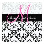 Damast-Hochzeits-Einladungs-Monogramm nennt Rosa Individuelle Einladungskarte